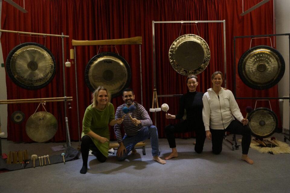 Gongbad – med 6 gongs